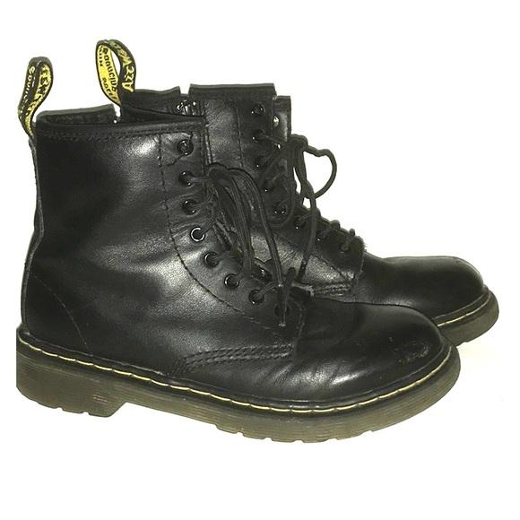 Dr Doc Martens Delaney Youth 2 Boots